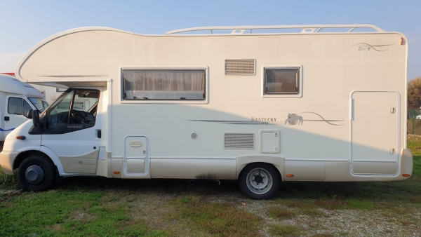 Camper Rimor Kentucky Estro 9 su base Ford